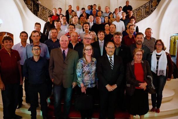 Associação dos Legislativos das Missões foi recebida no Piratini.
